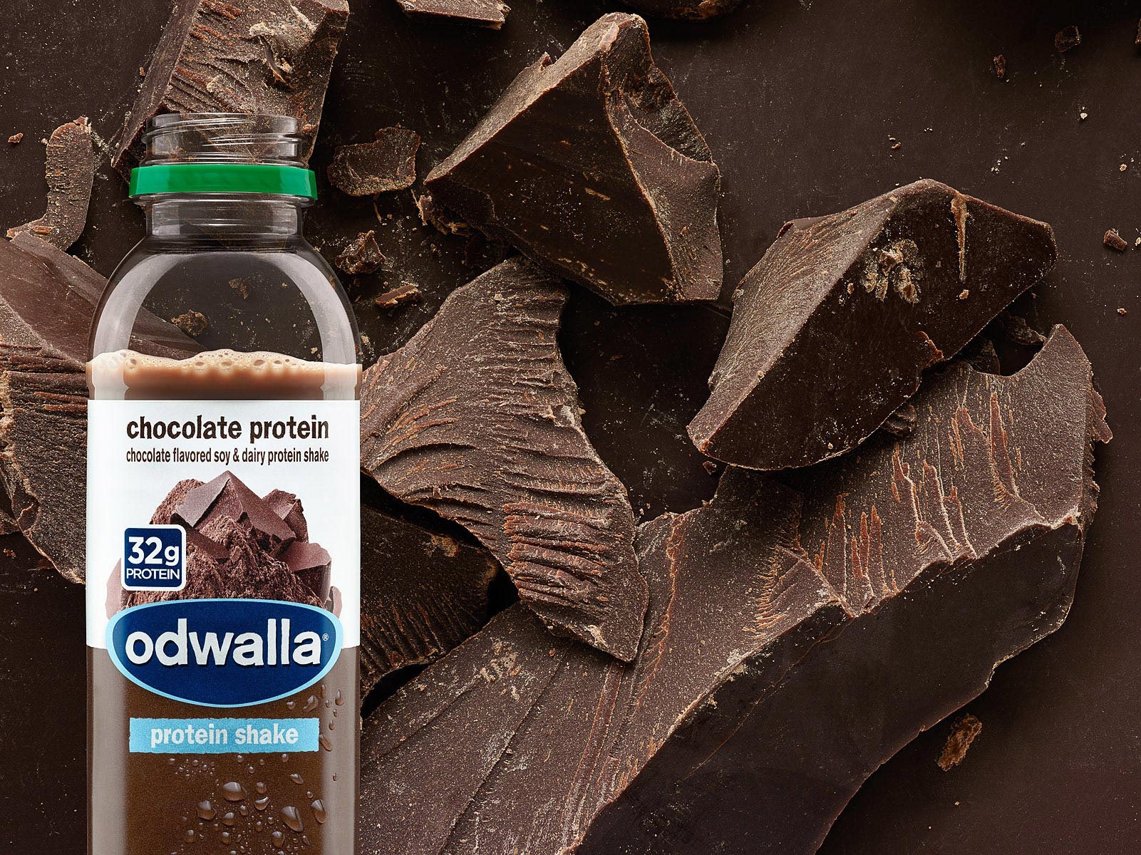 0025_Odwalla_15oz_chocolate_02_Droplets-small-39